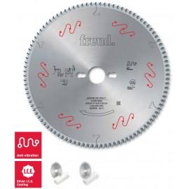 LU4B Fürészek müanyag és plexiüveg vágására vékony vágású